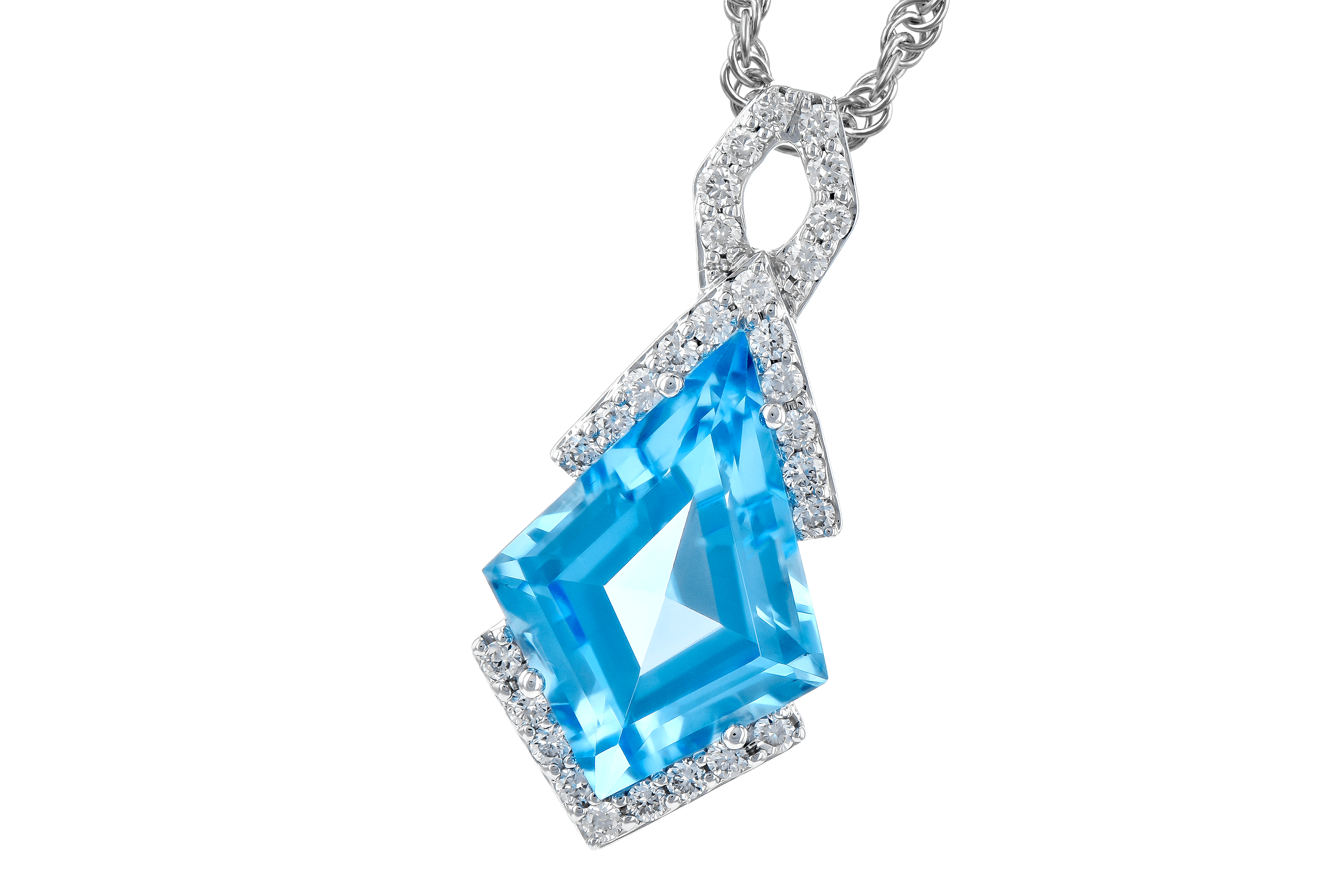 M272-84276: NECK 2.40 BLUE TOPAZ 2.53 TGW